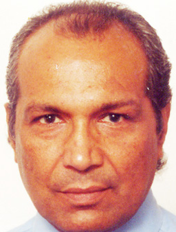 The profile picture for Suresh Karadia.